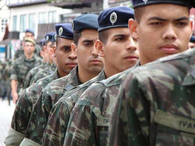 Exército abre inscrição para concurso com 1.100 vagas de sargento 5