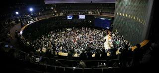 Maioria dos deputados da BA vota contra Temer em sessão que rejeitou 2ª denúncia sobre presidente 2