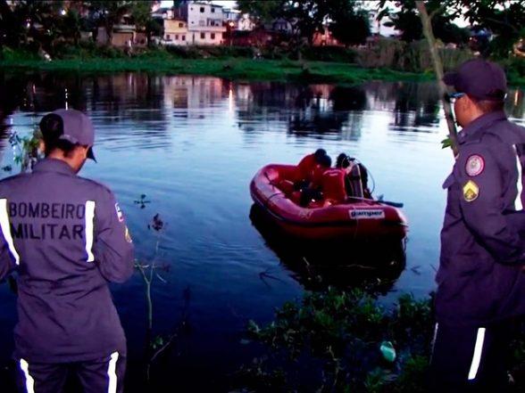 Corpo de Bombeiros fez buscas no rio onde homem desapareceu, em Itabuna (Foto: Imagem/TV Santa Cruz)