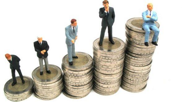 11% dos trabalhadores com ensino superior ganham salário mínimo 1