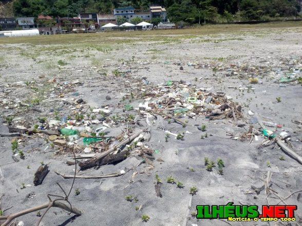 04 praias estão impróprias para banho neste fim de semana em Ilhéus 4