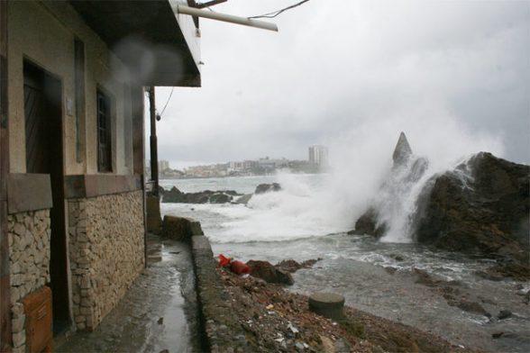 Ciclone pode trazer ventos de até 87 km/h para a Bahia 1
