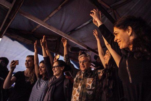 'É a 1ª vez no período democrático', diz Caetano sobre proibição de show 7
