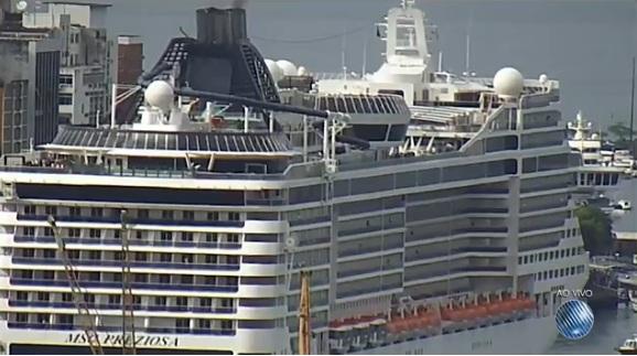 Primeiro navio da temporada de cruzeiros marítimos chega a BA com mais de 4 mil turistas 7