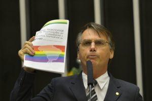 Bolsonaro é condenado a pagar $ 150 mil a fundo de defesa LGBT. 1