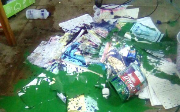 Grupo arromba escola em Ilhéus e tenta roubar equipamentos e destruir documentos: 'Quarta vez em 2 meses', diz diretora 6