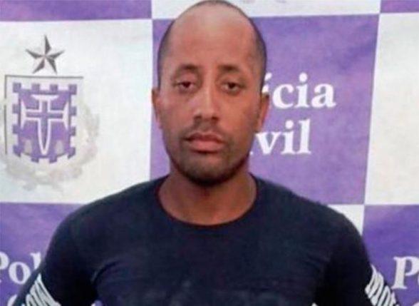 Mototaxista que fazia 'delivery' de drogas é preso em Ilhéus 5