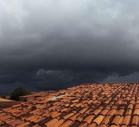 ILHÉUS: Chuvas fazem prefeitura decretar estado de emergência 2
