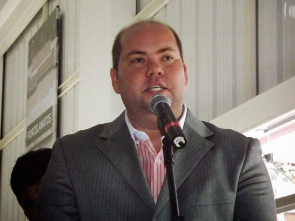 """Estou à disposição do partido"""", diz Cacá Colchões 5"""