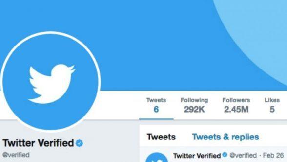"""Twitter quer todos os utilizadores com """"check"""" azul 8"""