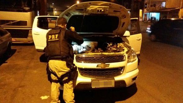 NACIONAL: PRF prende quatro pessoas com carro roubado com placa de Itabuna 3
