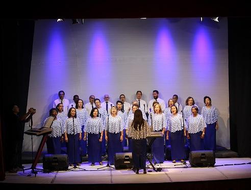 Coral dos Servidores da Ceplac comemora 20 anos  com show no Teatro Municipal de Ilhéus 4