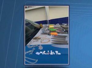 ITABUNA: Mulheres são presas ao tentar levar 28 facas, 18 celulares e 16 chips para presídio 7