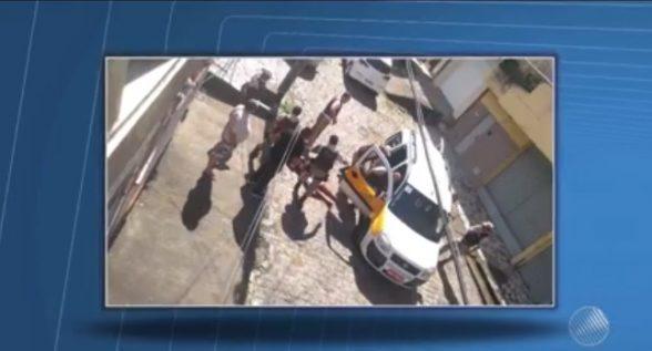 ITABUNA: Homem é preso após ser baleado ao tentar assaltar policial e evacuar van escolar com crianças pra se esconder 8