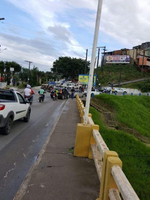 ILHÉUS: FECHAMENTO DE PONTE, CONFUSÃO E CONGESTIONAMENTO MARCA DIA DE PROTESTO EM PROL DOS CAMINHONEIROS 6