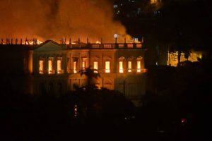 A história do Brasil virou fumaça 3