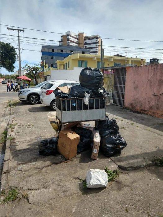 ILHÉUS: Moradores do bairro São Francisco, denunciam falta de coleta de lixo 1