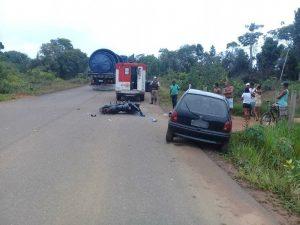 Motociclista fica ferido após batida com carro na BA-001; motorista fugiu do local 5