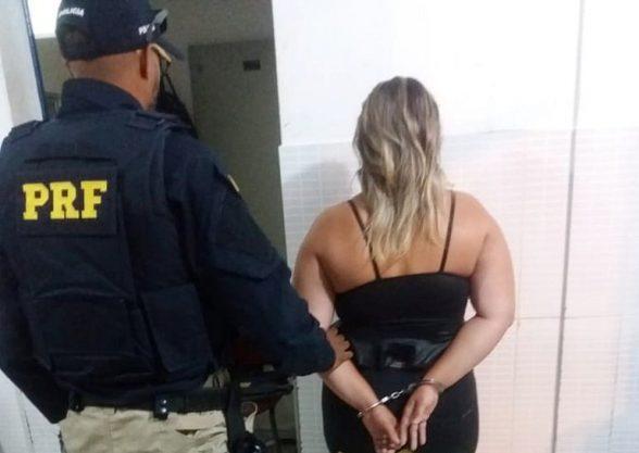 Ilheense é presa com 24,5 quilos de cocaína em ônibus; droga seria levada para Recife 1