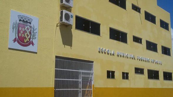 ILHÉUS: Escola Municipal Pequeno Príncipe ficou alagada após chuva 1