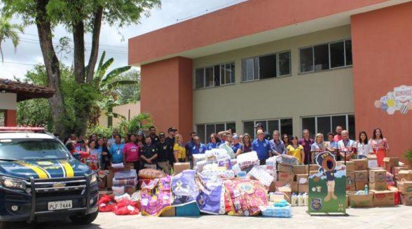 PRF entrega mais de duas toneladas de produtos arrecadados ao GACC de Itabuna 1