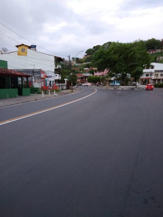 ILHÉUS: Novas faixas pintadas no asfalto confundem; motoristas falam do risco de acidentes 1