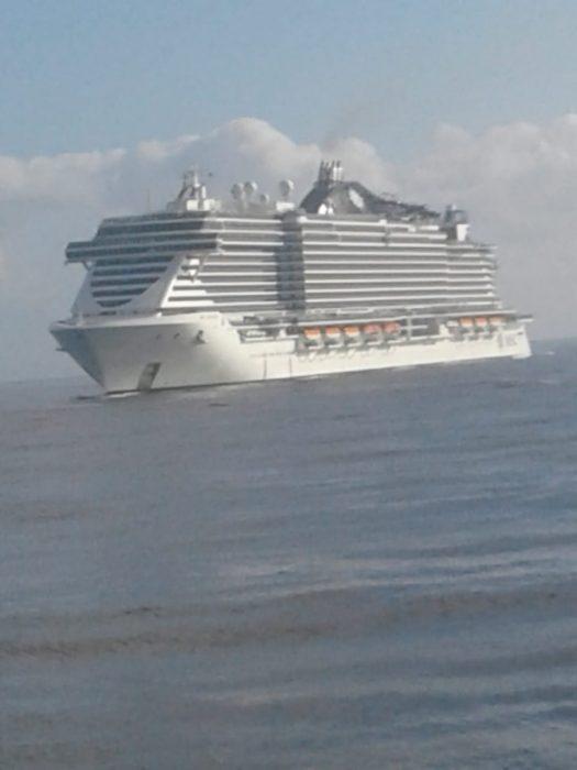 Maior navio de cruzeiros do país atraca em Ilhéus depois de passar por Salvador 2
