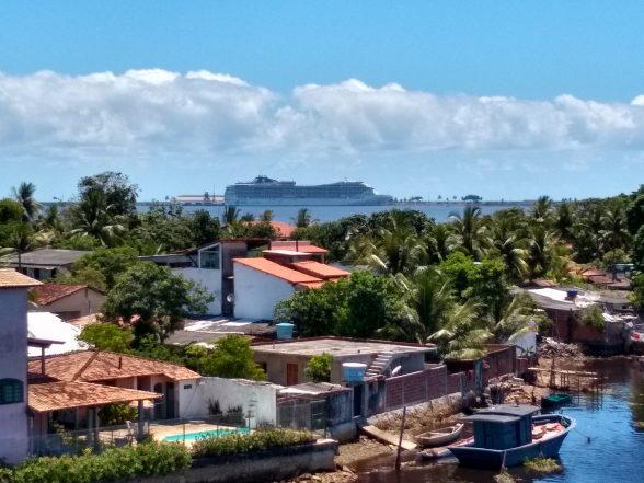 Bahia receberá 6 milhões de turistas no verão 1