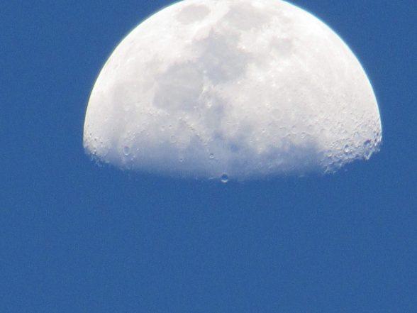 Eclipse mostrará todas as fases da lua neste domingo 1