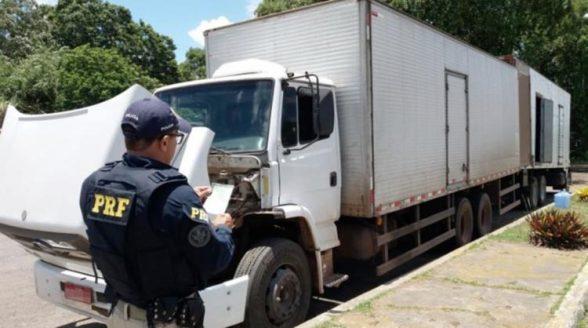 ITABUNA: Caminhão é apreendido após condutor apresentar documentos falsos 1