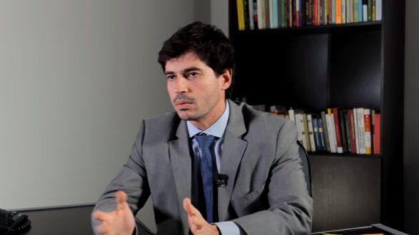 'Maiores portos são públicos', afirma Júnior Bozzella (PSL) 1