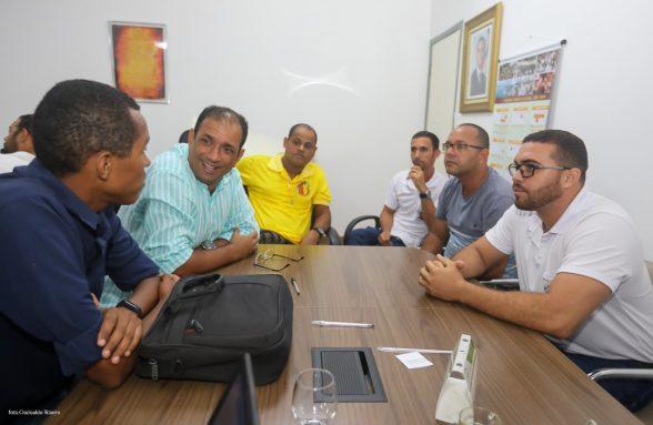 ILHÉUS: Incentivo para agentes de saúde e de endemias é tema de reunião com o prefeito 1