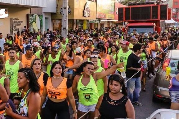 Tradicionais blocos de rua agitam o fim de semana em Ilhéus 1