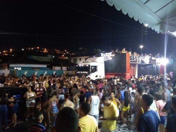 ILHÉUS: Bloco Os Biribanos agitou pré-carnaval no Malhado 8