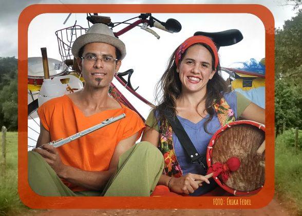 Artistas viajam de bicicleta até Ilhéus para realizar apresentação na Tenda do Teatro Popular 7