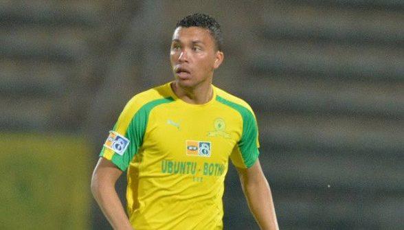 Ilheense se destaca no futebol africano defendendo o Mamelodi Sundowns 7