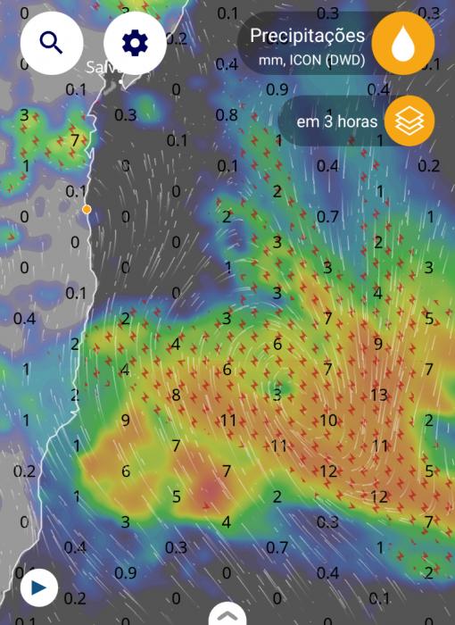 A 150 km de Porto Seguro, ciclone se formou no mar e não deve passar pelo continente 1