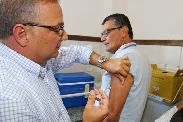 Vacinação contra a gripe tem início em 15 de abril na Bahia 5