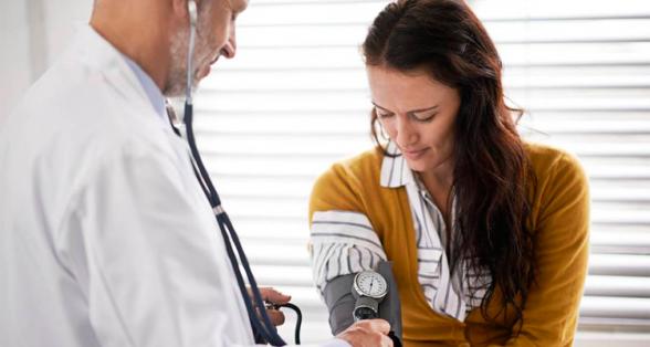 Taxas de óbito por AVC e doenças cardíacas caem entre as mulheres 1