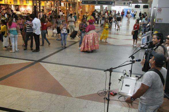 Valeu, foi bom, volte logo: 310 mil turistas saem de Salvador via aeroporto até domingo 7