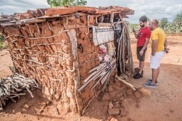 Alok visita famílias carentes no sertão da Bahia e vai criar projeto social 3