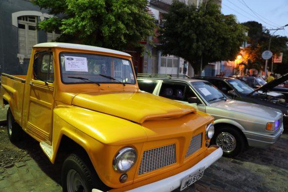 ILHÉUS: Exposição reuniu colecionadores de veículos e praticantes de aeromodelismo 1