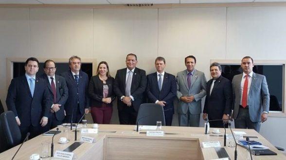 Bancada do TO participa de audiência com ministro da Infraestrutura e cobra início de obras, bem como a celeridade da Ferrovia Oeste-Leste 5