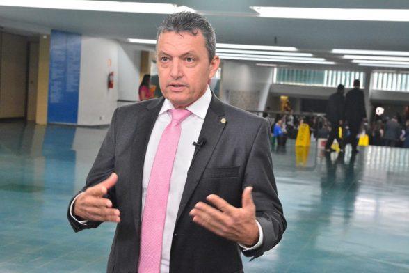 Guanambi: Ex-prefeito e mais 6 têm bens bloqueados por desvios de R$ 400 mil 1