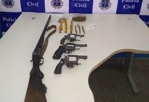 Quatro suspeitos de integrar grupo acusado de roubos e homicídios morrem em confronto com a polícia em Aurelino Leal 8