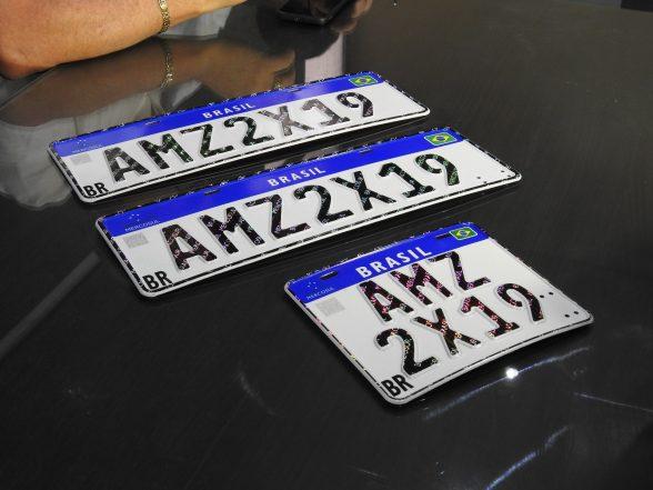 Contran simplifica regras para implantação das novas placas de veículos 2