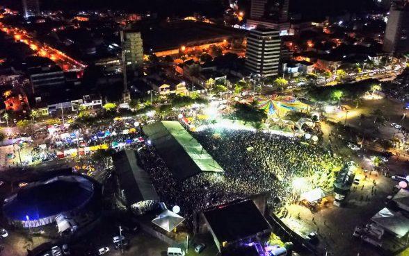 Milhares prestigiam o Viva Ilhéus em  clima de alegria e muita música 2