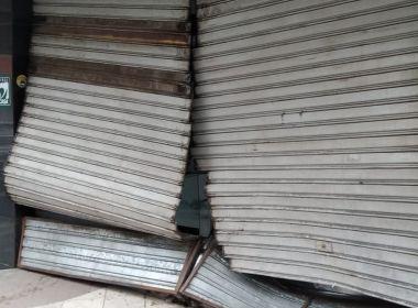 Itabuna: Loja é arrombada após acusados baterem carro em estabelecimento 1
