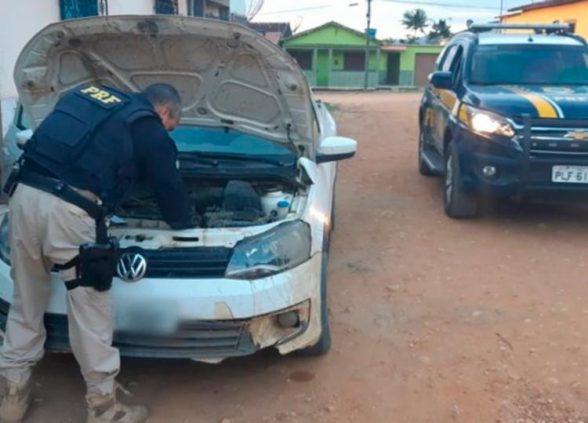 Caminhonete furtada em Minas Gerais é recuperada na Bahia 1