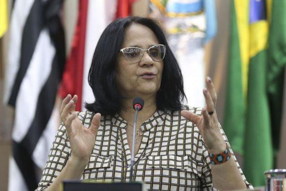 Ministra da Mulher pede política pública para mulheres escalpeladas 1